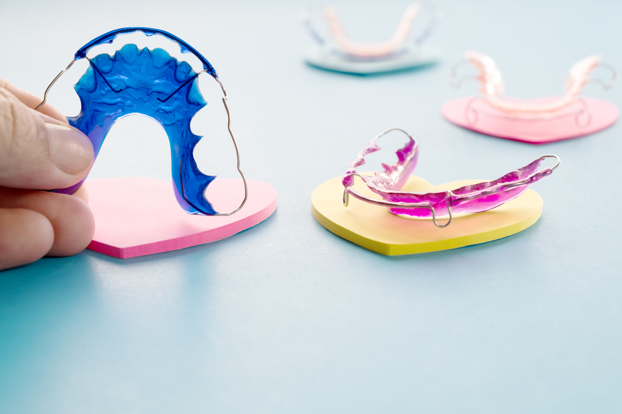 How to Clean Your Dental Retainer